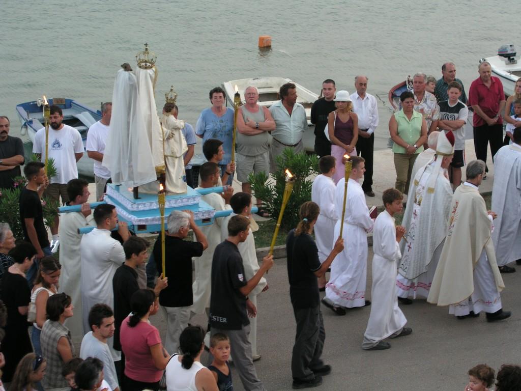 Proslava Gospe od Karmela (procesija), 2001.