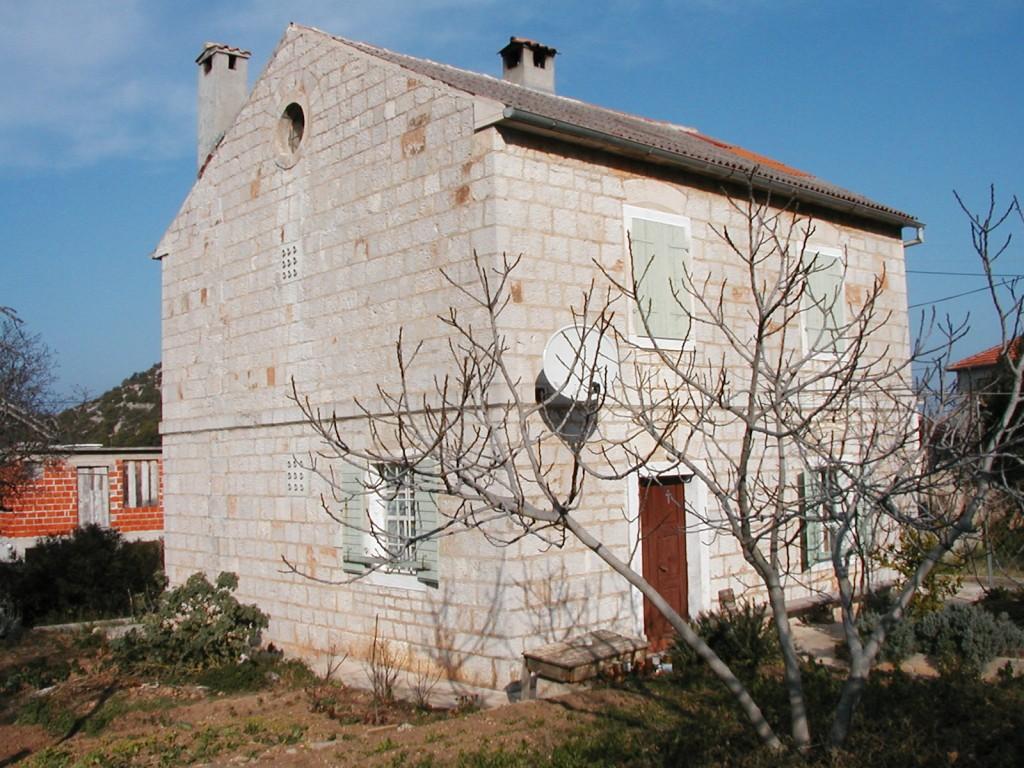Župna kuća, Vrgada