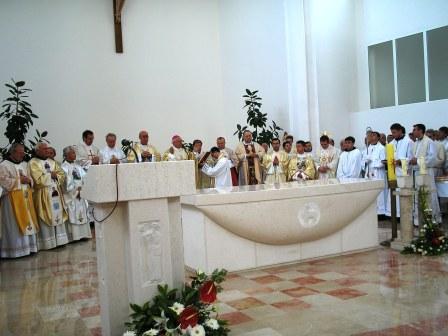 Posveta oltara nove župne crkve sv. Nikole