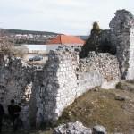 Ostatci crkve na Gradini, Vrana